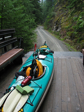 The portage from Diablo to Ross Lake.